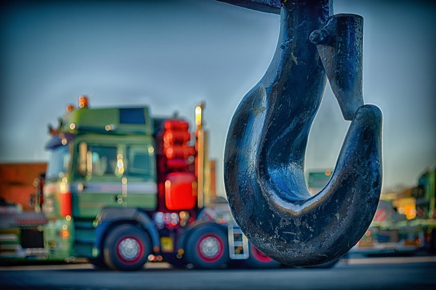 Lorry hook with tow lorry in the background